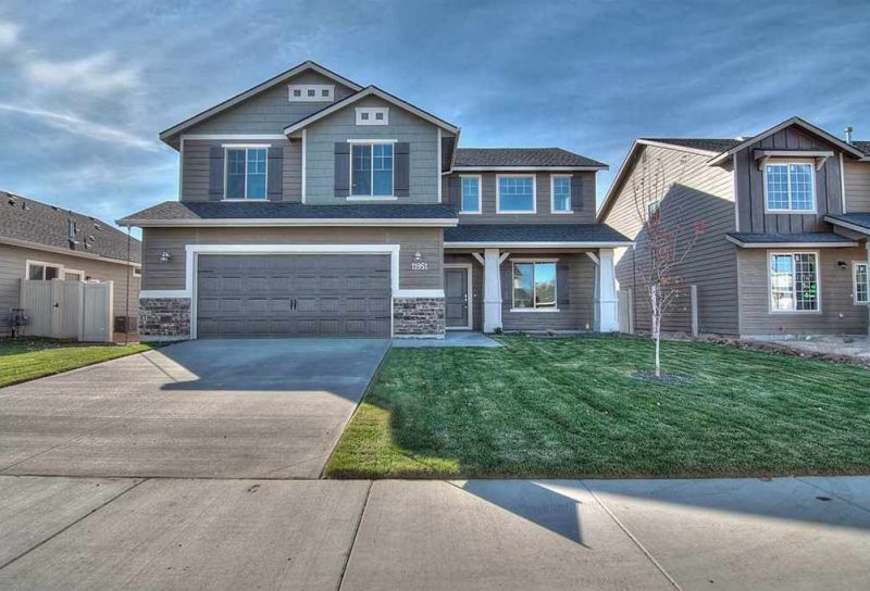 Homes for Sale in Silverwater, Meridian, ID