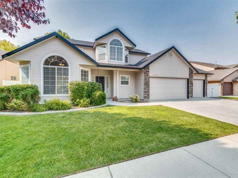 Homes for Sale in Whitebark, Meridian, ID